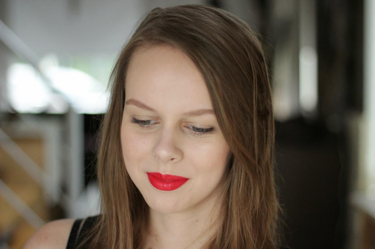 L'Oreal Collection Exclusive Julianne's Red 3