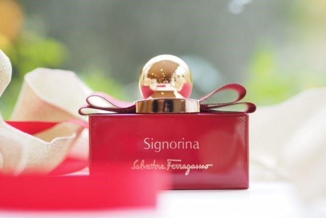 Nước hoa nữ Signorina in Rosso Limited Edition 50ml edp