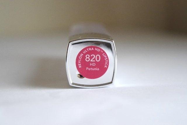 Son Revlon Ultra HD 820 Petunia