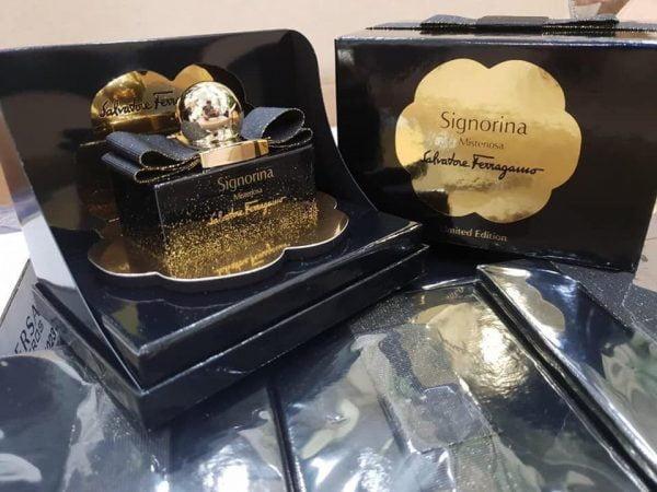 Nước hoa Signorina Misteriosa Limited Edition black
