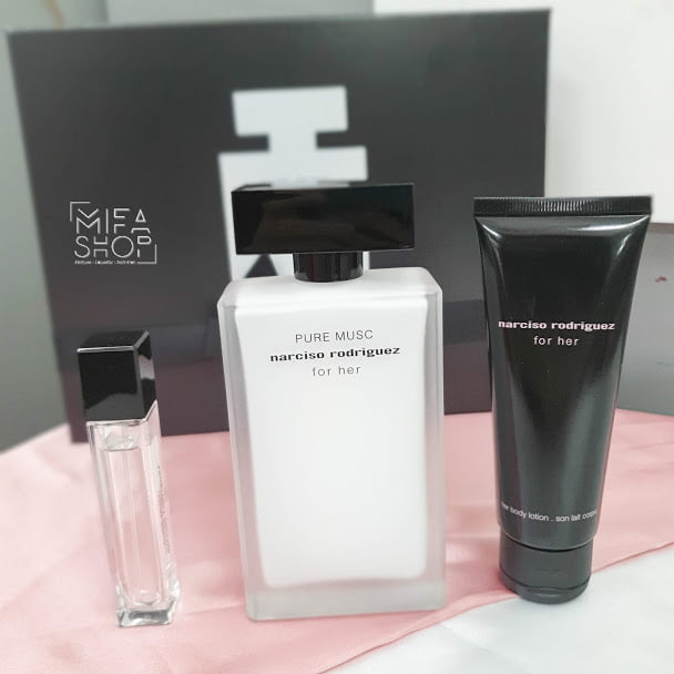 Bộ quà tặng nước hoa Narciso Rodriguez pure musc eau de parfum