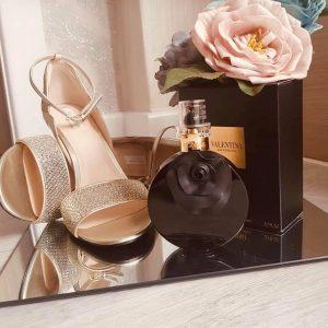 của Valentino là một loại nước hoa dành cho phụ nữ. Valentina Oud Assoluto được ra mắt vào