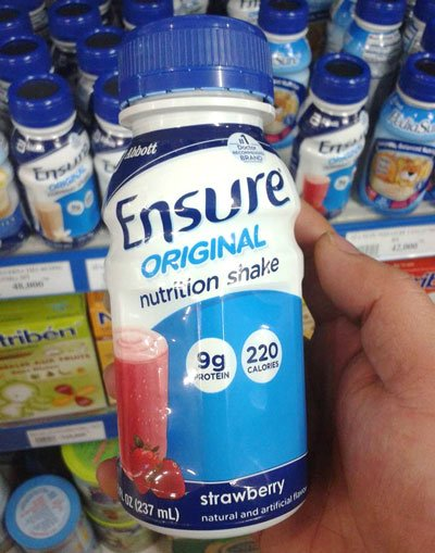 Sữa Nước Abbott Ensure Original Nutrition Shake Vị Strawberry Chai 237ml